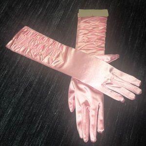 Pink long women's gloves